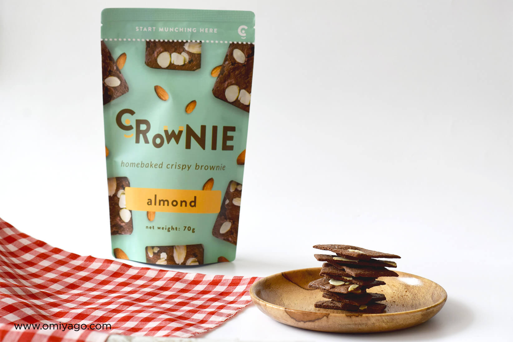 crownie-almond